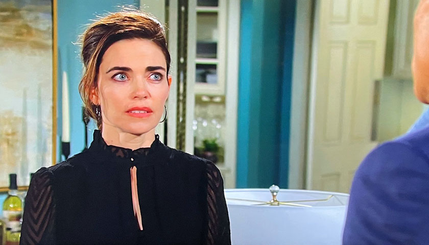 Young And The Restless: Victoria Newman Tells Ashland Locke She's In Love With Him